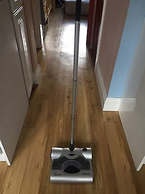 BISSELL - Perfect Sweep Turbo Cordless Rechargeable Carpet Sweeper