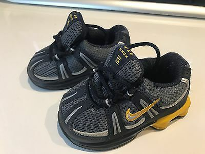 Baby boys Nike Sneakers - Size US 4