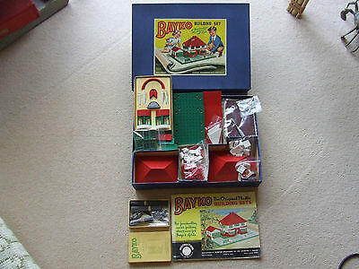 Bayko Building set 2 with manual complete