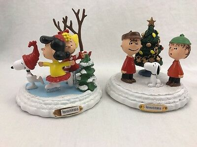 PEANUTS Very Merry Christmas Sculpture Collection Charlie B. linus snoopy sally