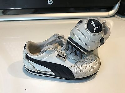 Boys White Leather Puma Sneakers - Size US 7