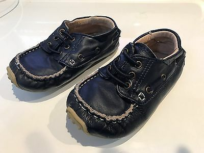 Boys Navy Leather Skeanie Shoes - Size 26
