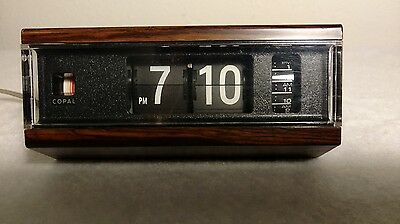 Copal Night Stand Flip Clock Vintage 1970's - Made in Japan