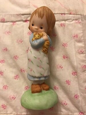 Betsy Clark Figurine Armful Of Happiness