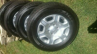 ford xlt 17 inch PX mk2 wheels alloys maps and tyres near new