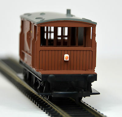 Train-Tech Battery Powered Automatic Tail Light AL Easy to fit with no wiring