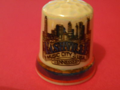 NASHVILLE MUSIC CITY USA TENNESSEE -  Collector's Thimble (Pearl effect)
