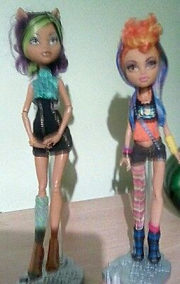 Monster High Clawdeen and Howleen Dolls