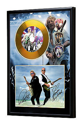 Status Quo Gold Vinyl Look CD, Autograph & Plectrum Display Rossi/Parfitt