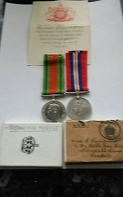 Defence Medal With Ribbon Certificate And Original Delivery Box & War Medal