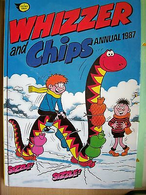 Vintage 1987 Whizzer and Chips Annual in very good condition.