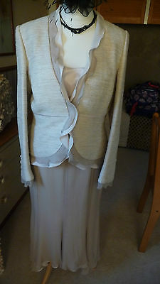 PRESEN 3 piece special occasion /  mother of the bride outfit size 14 / 12
