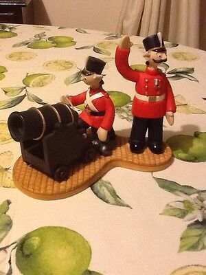 Robert Harrop Camberwick Green CGS04 Cpt Snort & Cannon On Your Marks L.E.