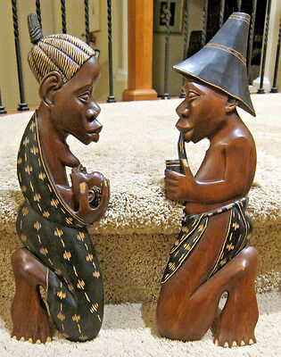 Wood Carved Indonesia man and woman art decoration