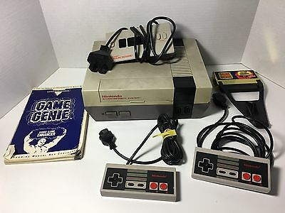 Nintendo NES System Console Parts/Repair (Plus Controllers) UNTESTED Sold AS IS