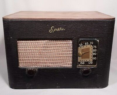 Vintage 1940's Sparton AM Tube Radio with Wooden Cabinet