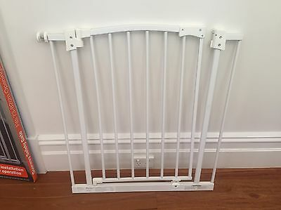 Perma Child Safety Pressure Mount Gate White (Suits openings 73-82cm) RRP $52