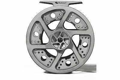Wychwood Flow Fly Reels Platinum colour - Choice of two sizes - #5/6 & #7/8