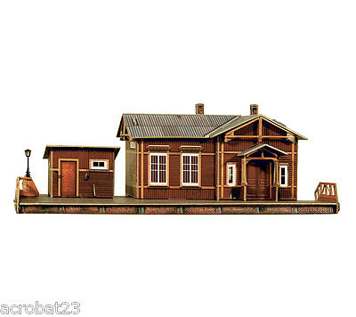 Building RAILWAY STATION USSR HALT HO Scale 1/87 Railroad Train Model Kit