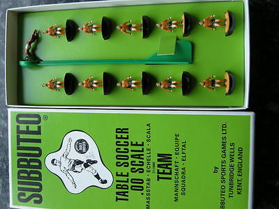 Subbuteo Heavyweight Wolves / Newport / Dundee United Complete Team HW