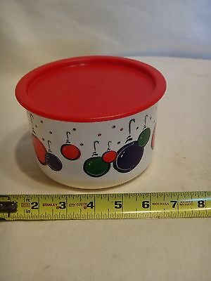 Tupperware Decorative Canister 3 cup