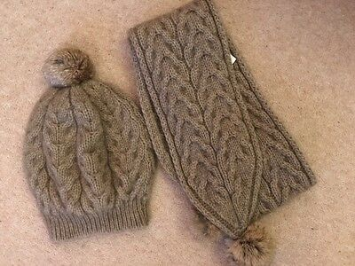 Possum and Merino Hat and Scarf set in Natural