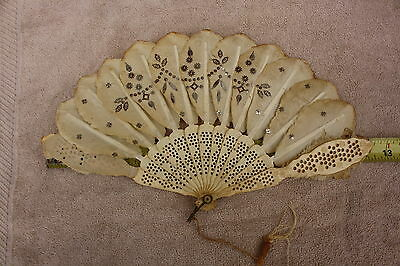 Vintage Ladies Hand Fan Off White