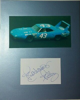 Richard Petty Signed Index Card NASCAR Autographed AUTO Matt Display 8 x 10 NmMt