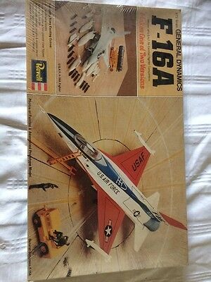 Revel 1:72 Scale f-16aA Air Combat Fighter