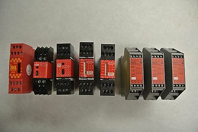 *LOT OF 8* Misc Machine Safety Relay Modules Banner, Sti, and Omron