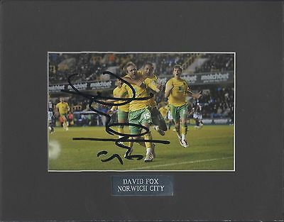 Norwich City Autographed Photo  David Fox