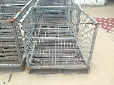 Pallet Cage with Timber Pallet Brisbane x 1