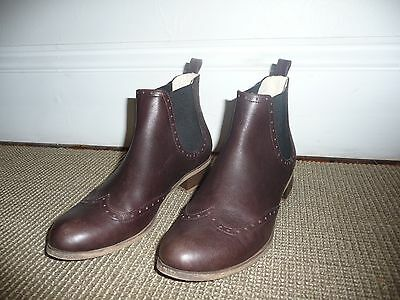 Chelsea leather boots size 37-38