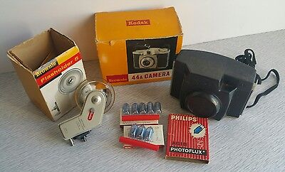 Vintage KODAK BROWNIE 44A CAMERA & FLASH UNIT WITH ORIGINAL BOXES UNTESTED