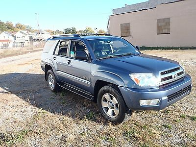 2005 Toyota 4Runner SR5 LEATHER 2005 TOYOTA 4RUNNER 4WD EXCELLENT CONDITION! LOW RESERVE!