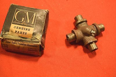 Nos 1942-48 Chevy U-Joint 3660990 M593