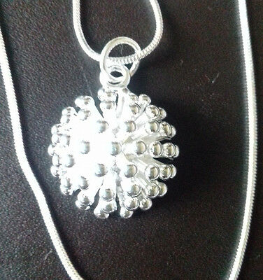 Wholesale .925 Sterling Silver Necklace And Silver Firework Pendant & Gift Box.