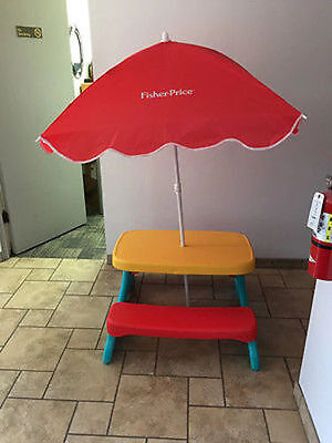 Fisher Price Qwikfold Lunch 'N Munch Table with Umbrella - FREE SHIPPING