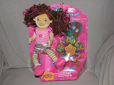 Manhattan Toy Groovy Girl Brownie Scout Poseable Doll Jewelry Craft Set Badge