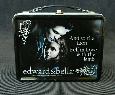 Twilight Lunch Box with THERMOS Edward and Bella made by NECA