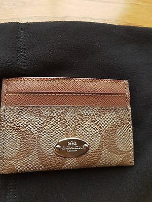 Signature Coach Credit Card Holder/Wallet