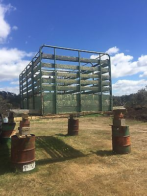 stock cattle crate