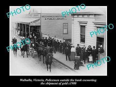 OLD LARGE HISTORICAL PHOTO OF WALHALLA VIC, POLICE ESCORTING GOLD SHIPMENT c1900