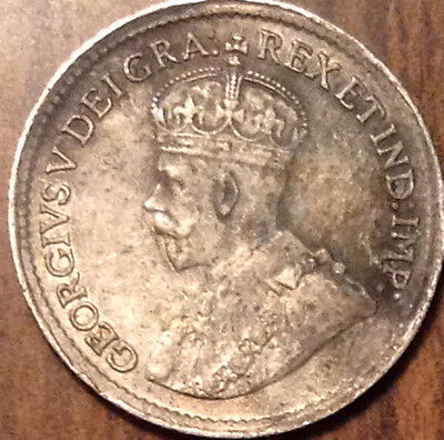 1920 Canada Silver 5 Cents In Better Grade !