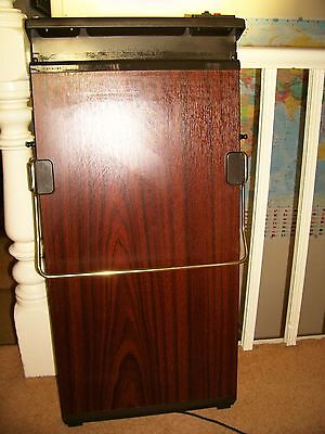 Morphy Richards Electric Trouser Press for wall mounting in excellent condition.