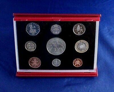 2002 Royal Mint 9 coin Deluxe Proof Set in Case with COA   (L2/13)