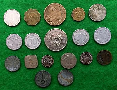 D848 - Nice selection of foreign coins