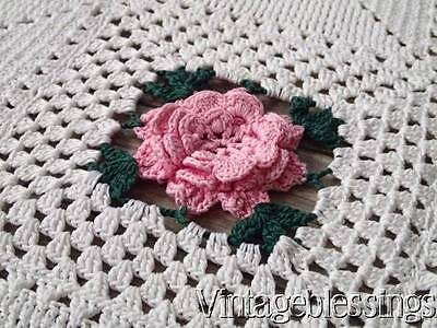 Romantic Cottage 3d Pink Roses Vintage 40s Crocheted Lace Coverlet