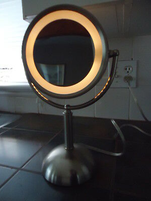 """Magnification  Touch Lighted Vanity Makeup Mirror 3 SETTINGS 13"""" HIGH"""