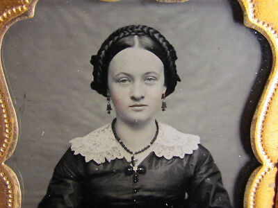 young pretty victorian woman daguerreotype photograph